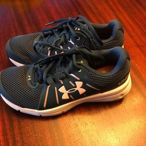 New! Under Armour shoes size 6